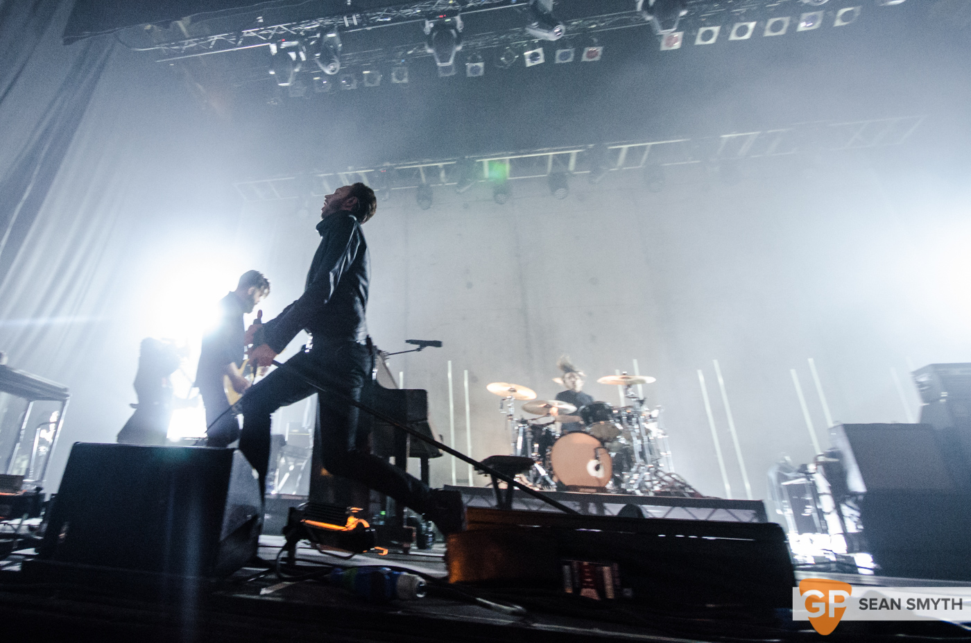editors-at-the-olympia-theatre-by-sean-smyth-10-10-15-15-of-28_22077942202_o