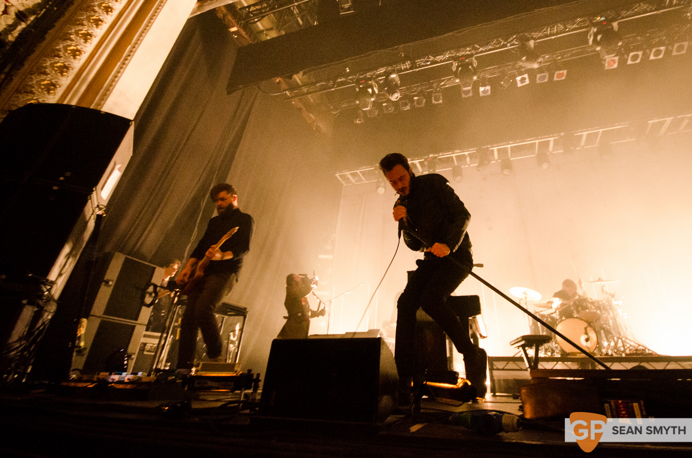 editors-at-the-olympia-theatre-by-sean-smyth-10-10-15-16-of-28_22077942062_o
