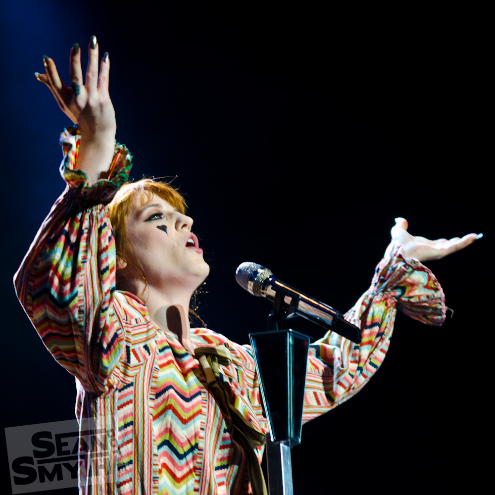 florence–the-machine–the-o2_8270156519_o