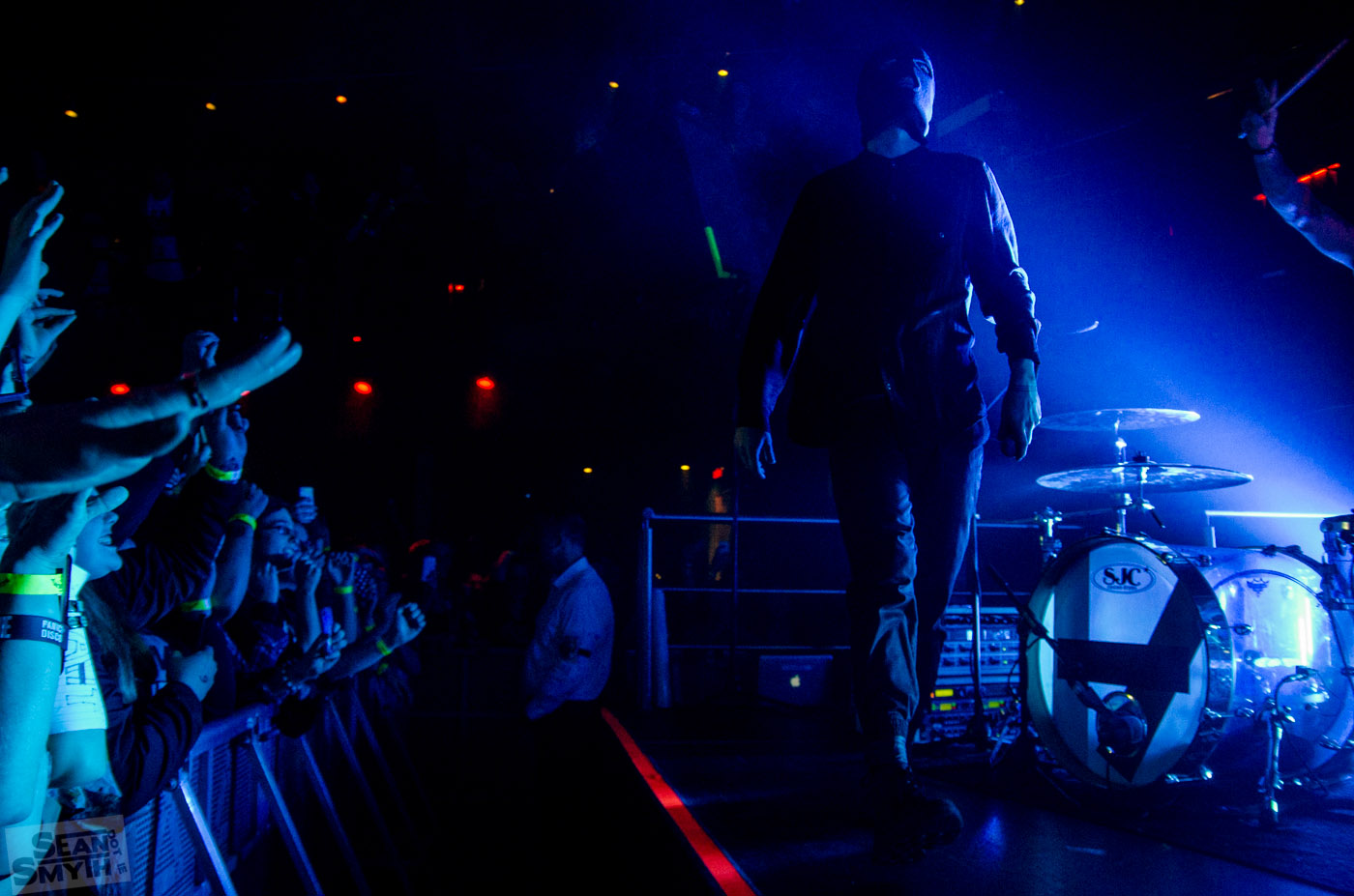 twenty-one-pilots-at-the-academy-by-sean-smyth-16-11-14-20-of-41_15806815935_o