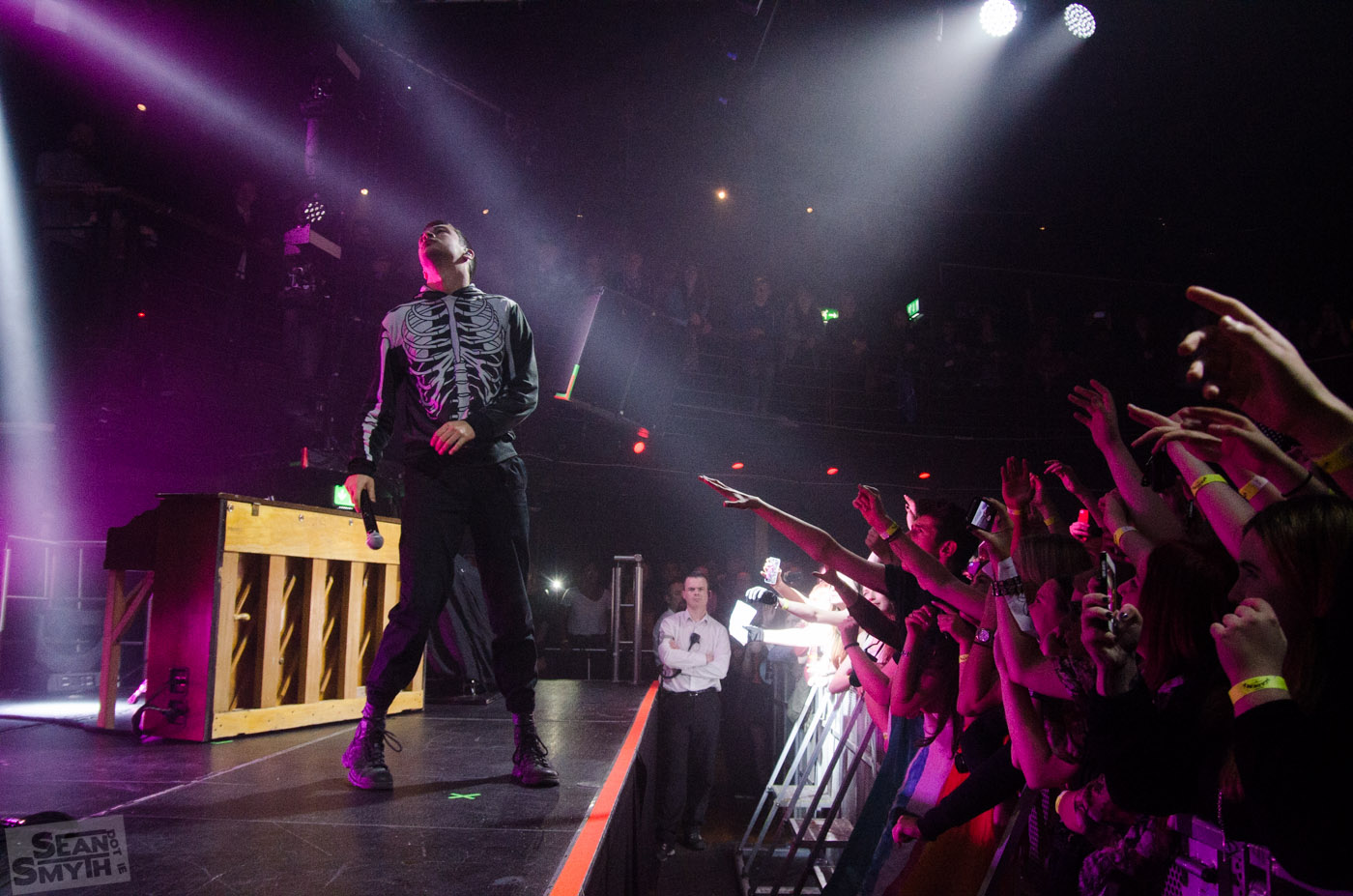 twenty-one-pilots-at-the-academy-by-sean-smyth-16-11-14-36-of-41_15186859134_o