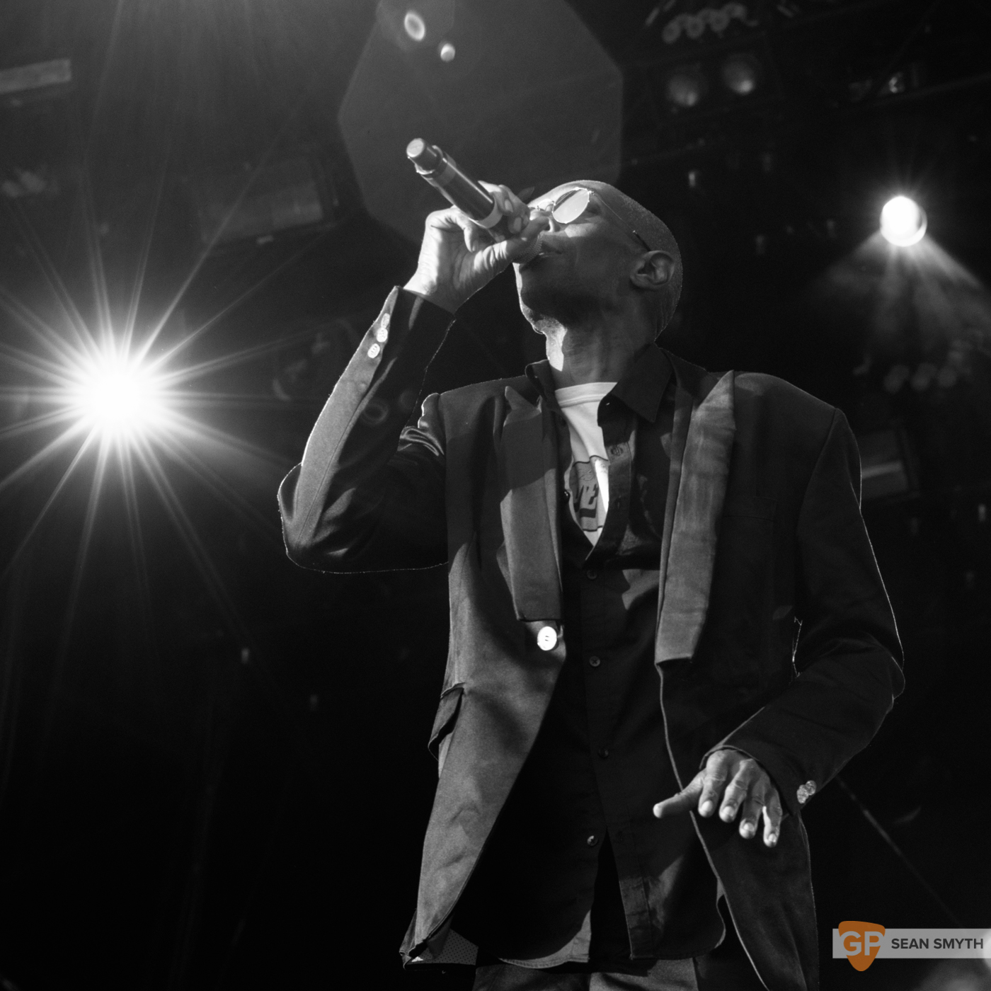 Faithless at Royal Hospital Kilmainham by Sean Smyth (2-7-16) (12 of 22)