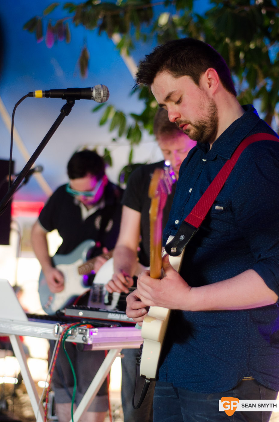 almost-ghosts-sunday-at-vantastival-by-sean-smyth-1-5-14-3-of-49