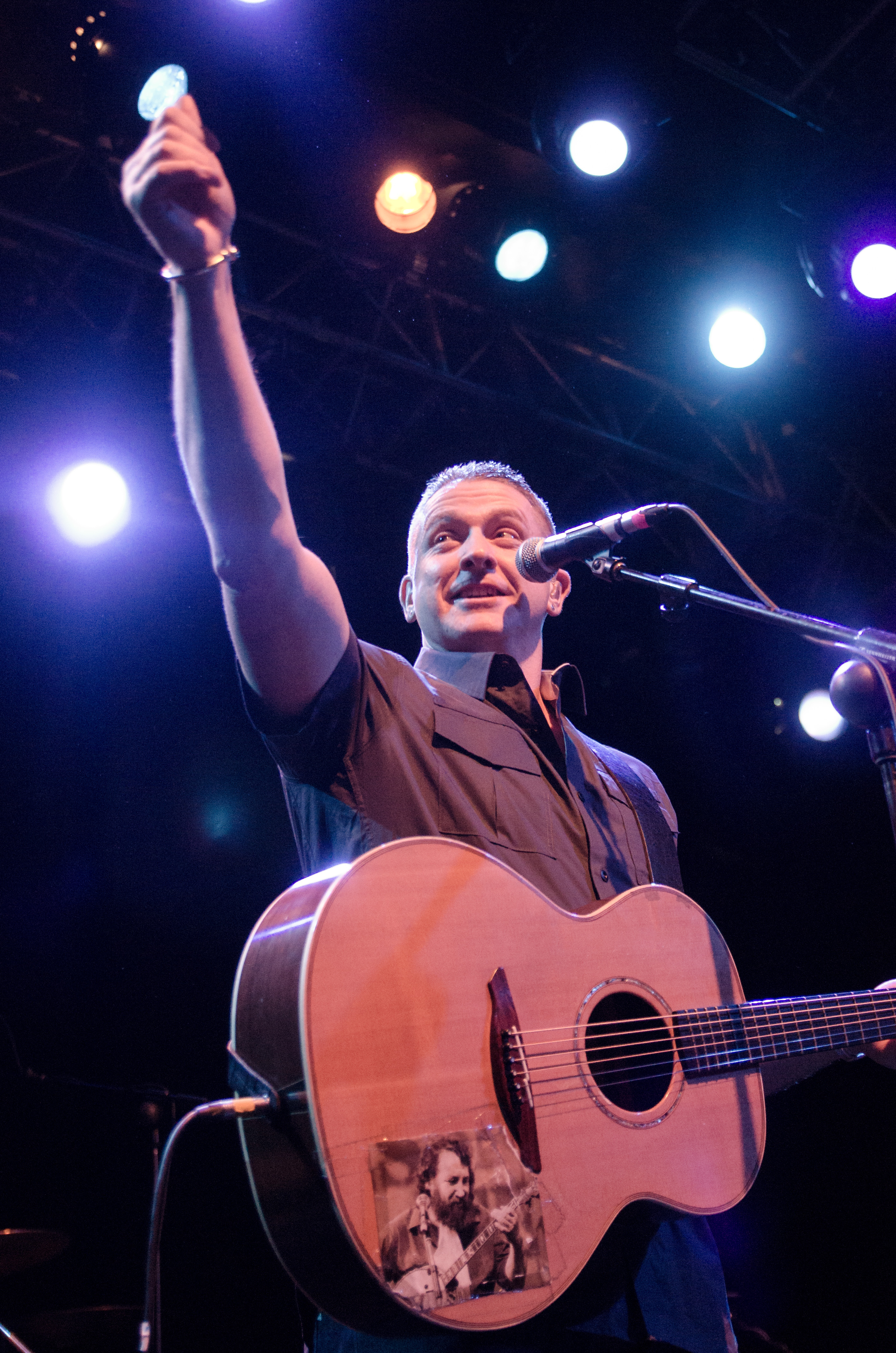 damien-dempsey-at-vicar-street-by-sean-smyth-19-12-15-16-of-34
