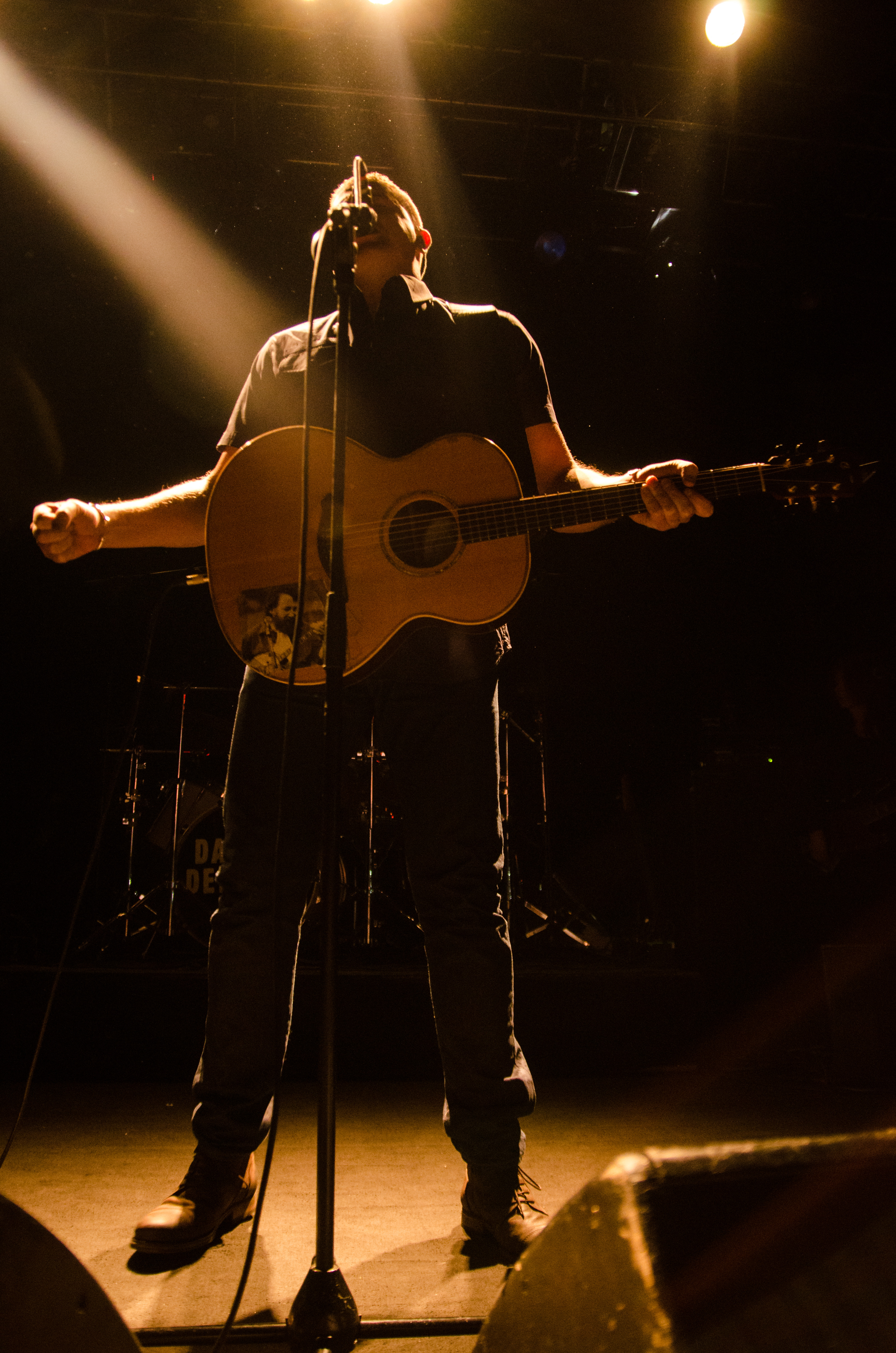 damien-dempsey-at-vicar-street-by-sean-smyth-19-12-15-3-of-34