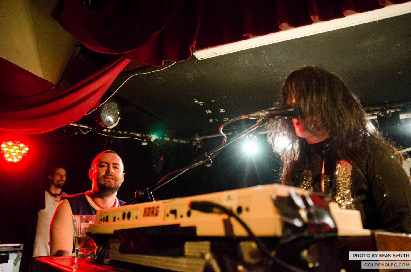 fight-likes-apes-at-whelans-by-sean-smyth-20-12-14-28-of-34