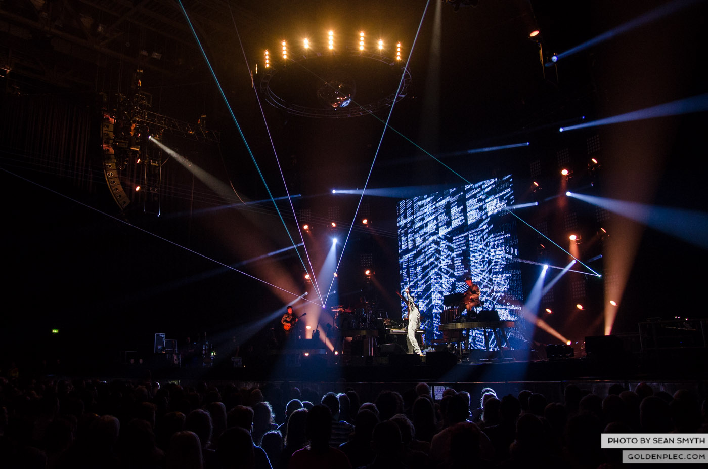 james-blunt-at-3arena-by-sean-smyth-20-11-14-15-of-29