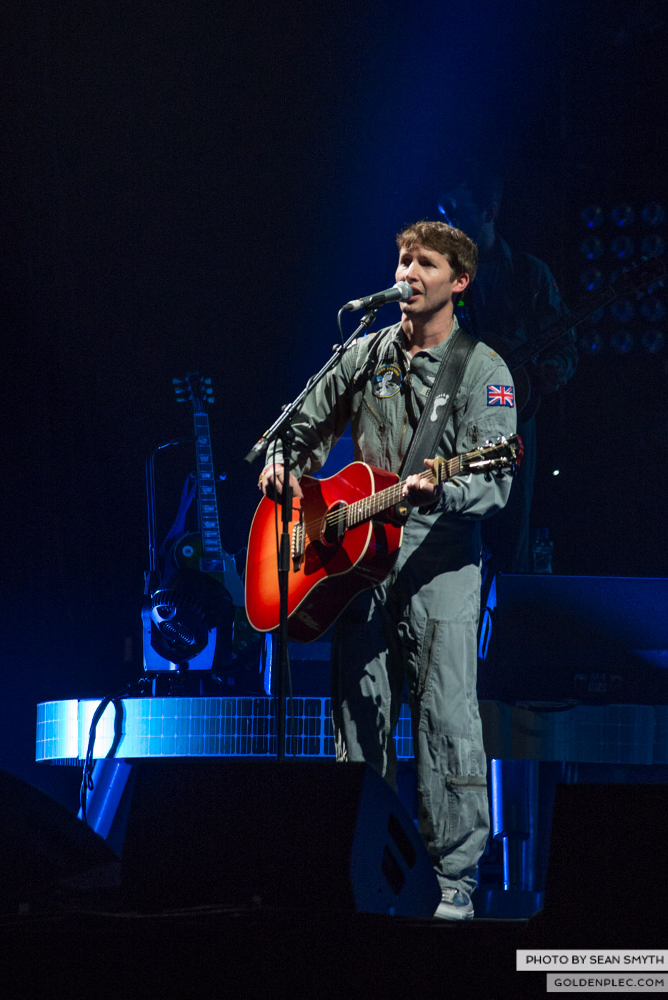 james-blunt-at-3arena-by-sean-smyth-20-11-14-19-of-29