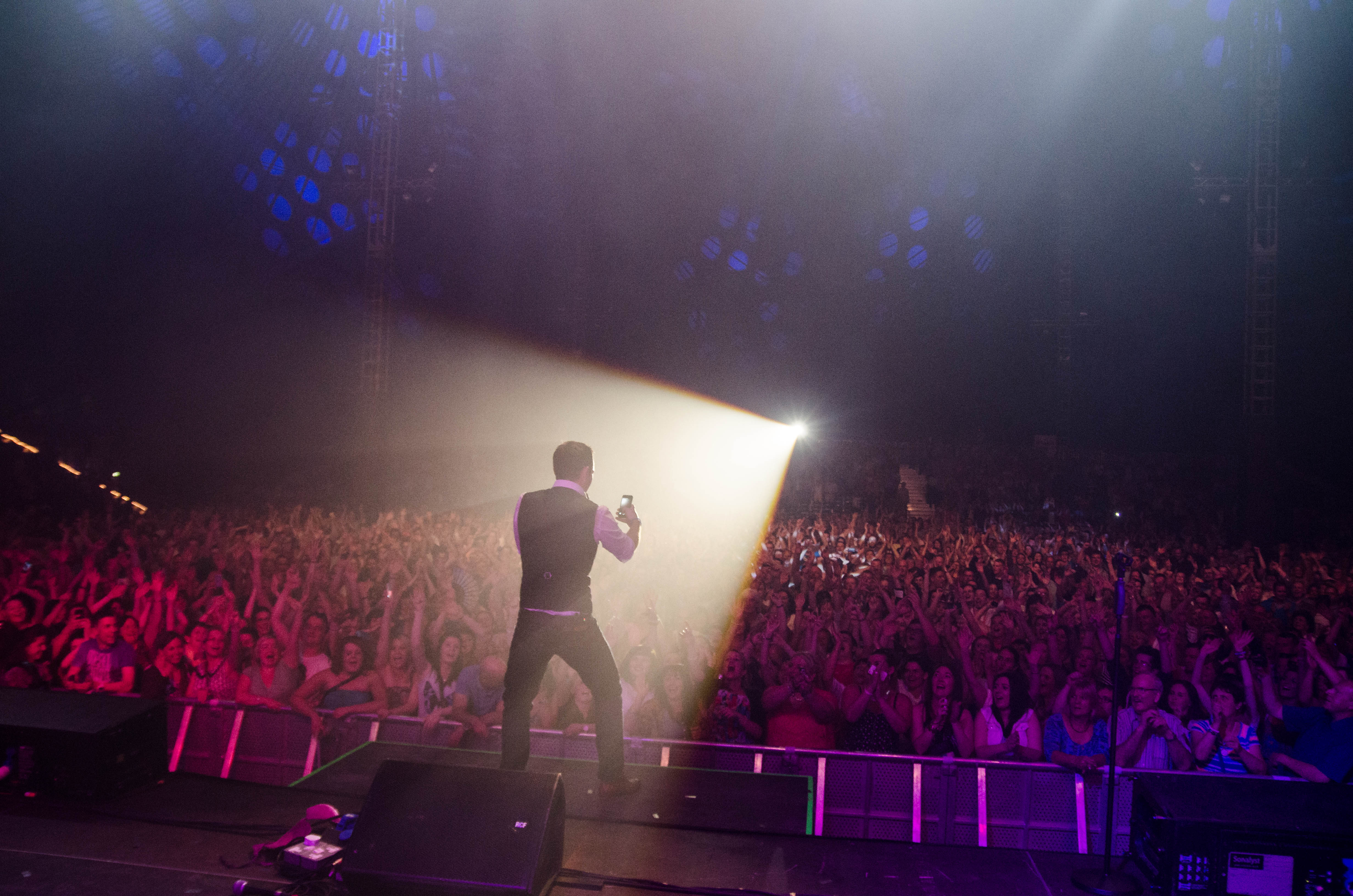 nathan-carter-at-the-marquee-cork-by-sean-smyth-15-6-14-51-of-55