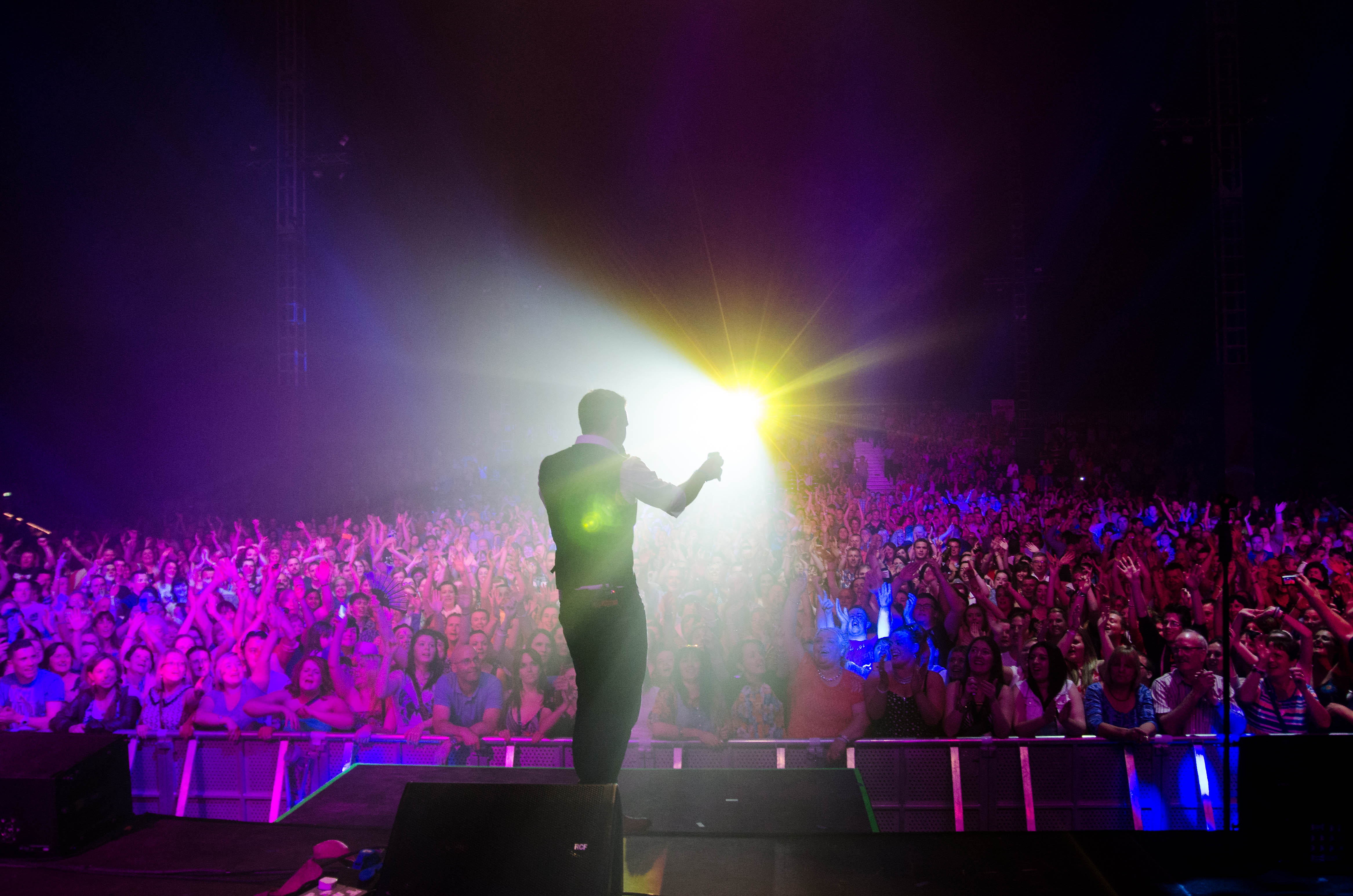 nathan-carter-at-the-marquee-cork-by-sean-smyth-15-6-14-52-of-55