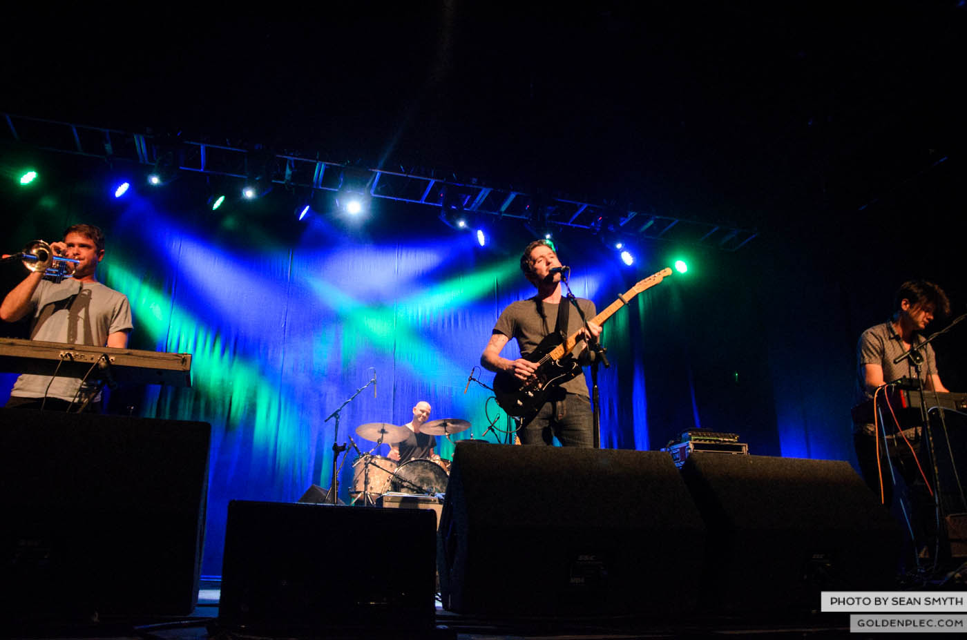 the-antlers-at-the-olympia-theatre-by-sean-smyth-30-10-14-4-of-22
